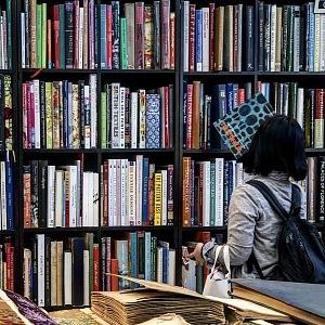 Knihovna na výstavě Maison & Objet