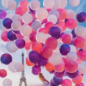 Paříž na Valentýna.