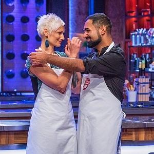 Ivka s kolegou Pavlem Berkym v kuchařské show MasterChef.