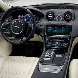 Jaguar XJ for adrenalin lovers