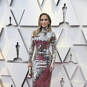 Jennifer Lopez - šaty Tom Ford