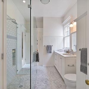 Julia Roberts, koupelna ve vile v San Francescu