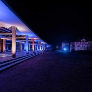 Zrevitalizované osvětlení a pohled z kolonády na hotel Jurkovičův dům