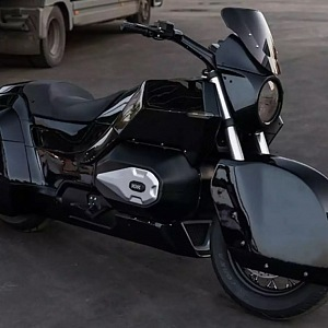 Kalašnikov, nová motorka pro pana Putina