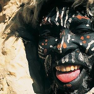 Na svých cestách potkává zajímavé lidi. Třeba v Keni.