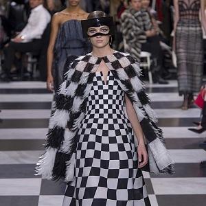 Černobílá variace Dior Spring 2018