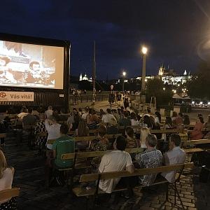Sledujte filmy zdarma díky Kinobusu