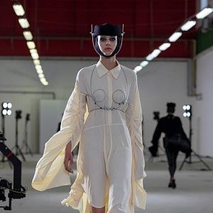 Model od návrháře Michaela Kováčika.