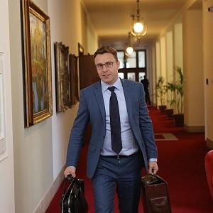O atraktivního ministra měly ženy zájem. Volají mu ale i nyní.