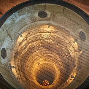 Během rekonstrukce objevili stavitelé starou studnu.