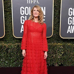 Laura Dern, dress Valentino