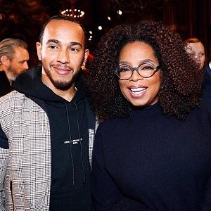 Lewis Hamilton a Oprah Winfrey na přehlídce Stelly McCartney