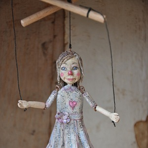 Little Marionet
