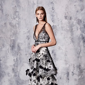 Resort 2018 Marchesa Notte