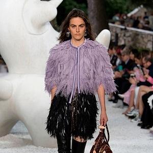 Peří je trendem Louis Vuitton