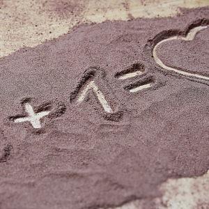 Toto je asi jediná potvrzená rovnice lásky :)