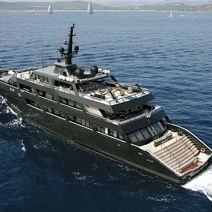 Yacht Main