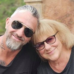 Rajmont se svou maminkou Ivou Hüttnerovou.