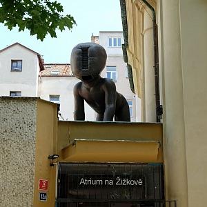 David Černý schoval na Žižkově další ikonické miminko.