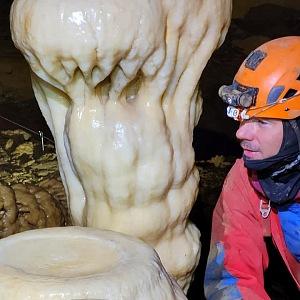 Od roku 2014 působí jako PSAI instruktor jeskynního potápění se na Slovensku