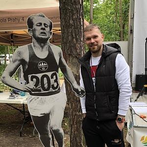 Michal Břetenář sportuje s defibrilátorem v těle.