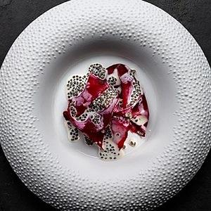 Luxusní jídlo v Mirazur