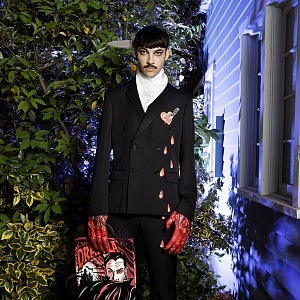 Moschino and his version of Dracula