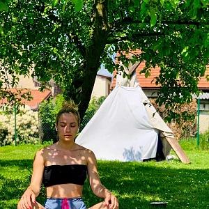 Natália při meditaci