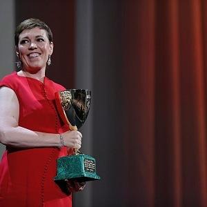 Ocenění za nejlepší herečku na festivalu obdrželi Olivia Colmanová