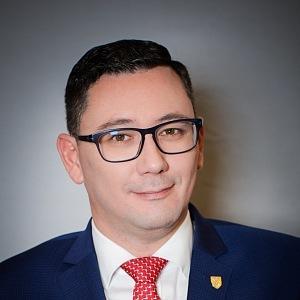 Mluvčí prezidenta Jiří Ovčáček na oficiálním portrétu