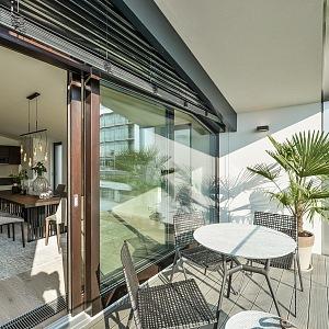Šárecký dvůr - luxurious terrace
