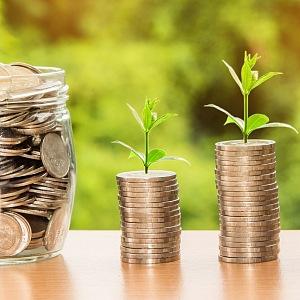 Peníze jako úspory a investice