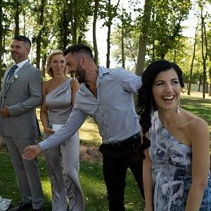 Návrhářka má za sebou náročnou svatební sezónu, kde se sami i zúčastnila obřadu a veselky.