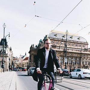 Na kole Prahou