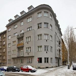 Obytné domy, Praha - Václavovka 18