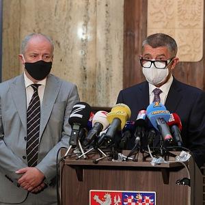 Prymula s premiérem Andrejem Babišem.