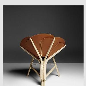 Raw Edges a Louis Vuitton chairtable