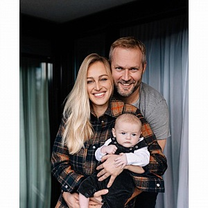 Renata s manželem a dcerou.