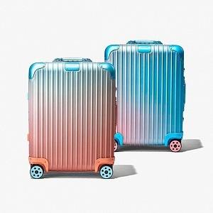 Stylish suitcases RIMOWA.