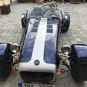 Robert Šlachta ve svém oblíbeném sportovním autě.