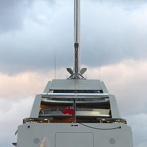 Sailing yacht A, zadní část lodi