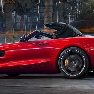 Mercedes AMG GT S Roadster, červené provedení