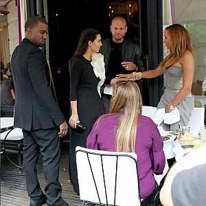 Kim Kardashian s manželem Kanye West v restauraci L'Avenue