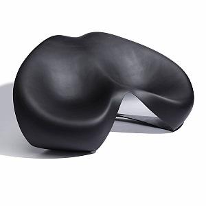 Návrh sedačky ve spolupríci se Zahou Hadid