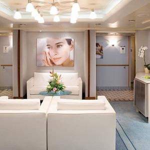 Kosmetický salon v bílé