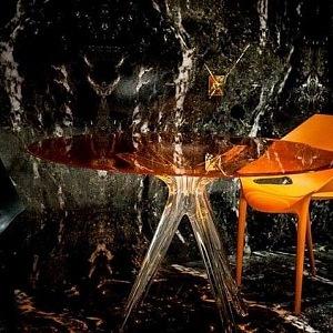 Stůl Sir Gio, Philippe Starck