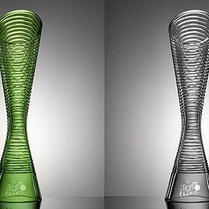 Trofej pro vítěze Tour de France 2016 od Škoda Design a značky Lasvit