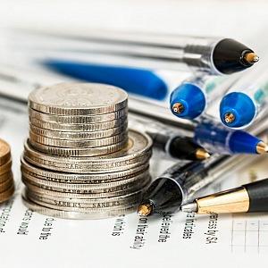 Peníze, propisky a plánování