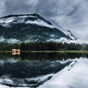 Pohled z dáli na saunu Soria Moria
