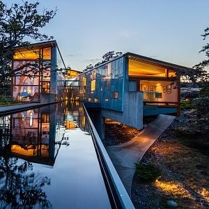 Bydlení spojené s vodou Swanwick Canyon River House